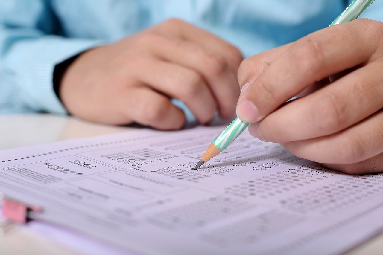 Does the Bar Exam Measure Competence? The Answer: We Have No Idea.