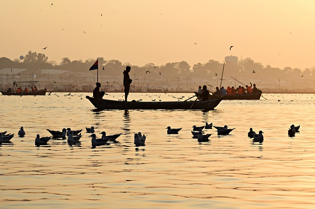 'River of Life, River of Death:' The Curious Case of the Ganges Cadavers and its Implications in International Law