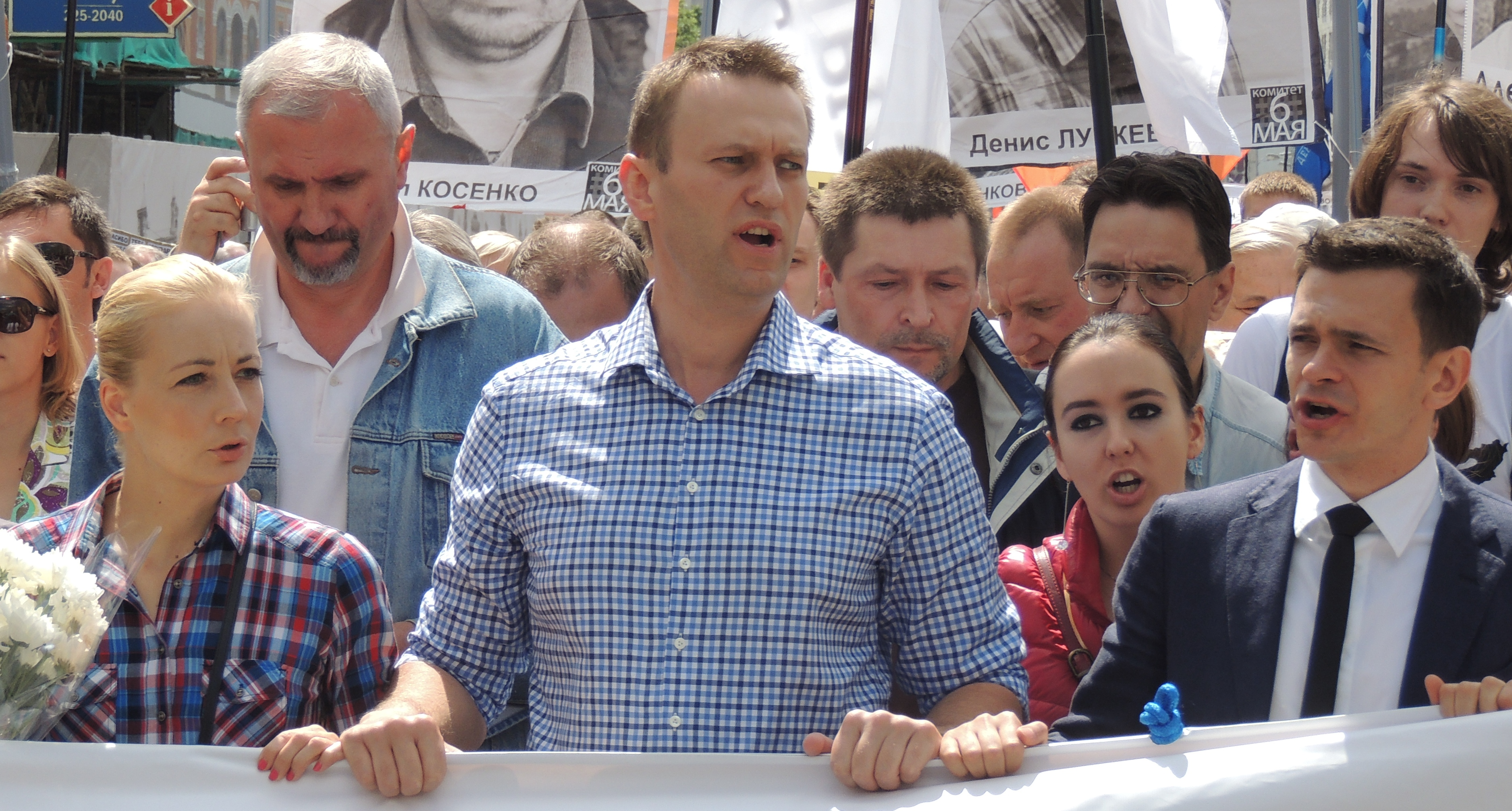 Explainer:  Why did Amnesty International rescind Alexey Navalny's 'prisoner of conscience' status?