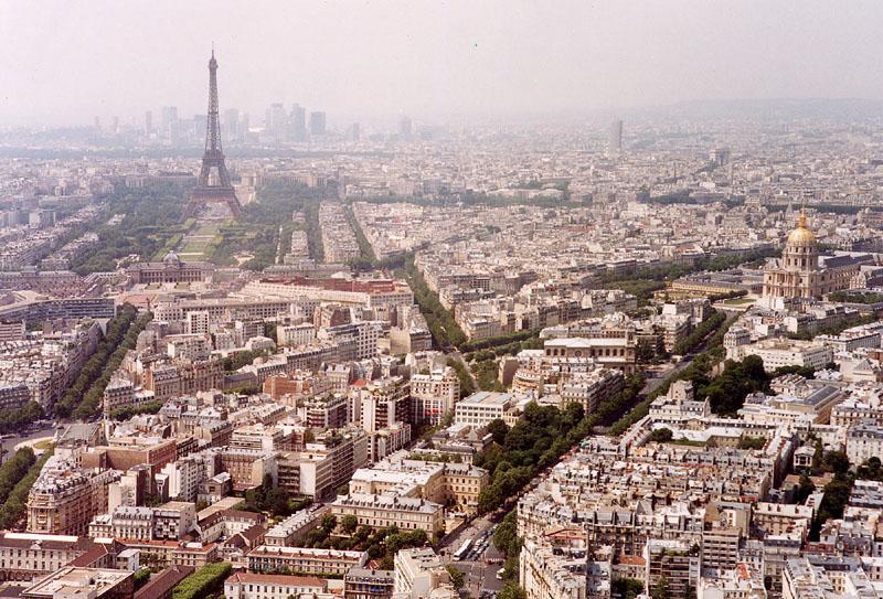 Paris eiffel view