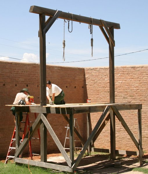 Tombstone_Gallows