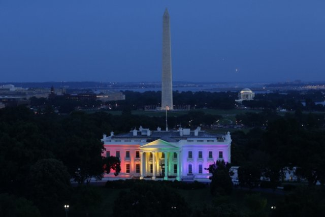 White House lit up in honor of Obergefell ruling