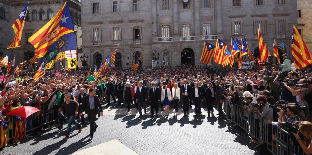 Catalan President and 700 Mayors