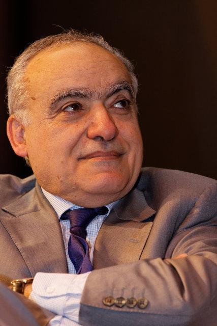 Ghassan Salamé en conférence au salon du livre de Paris 2012