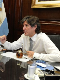 Argentina judge charges vice president in corruption case