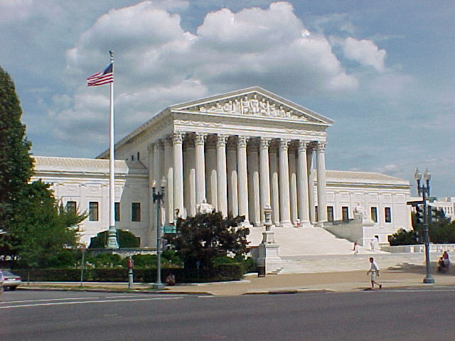 Supreme Court rules abortion clinic buffer zone violates First Amendment