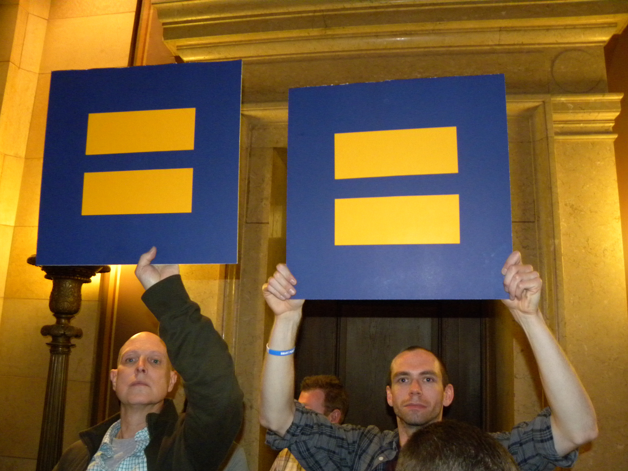 Judge rules Colorado ban on same-sex marriage unconstitutional