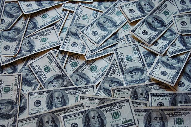 Judge rules Illinois pension law unconstitutional