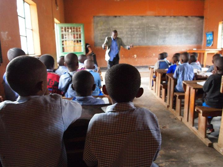 UN rights expert: African states must provide public education