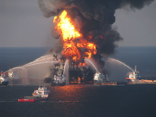 US government to appeal ruling reducing BP's potential oil spill liability