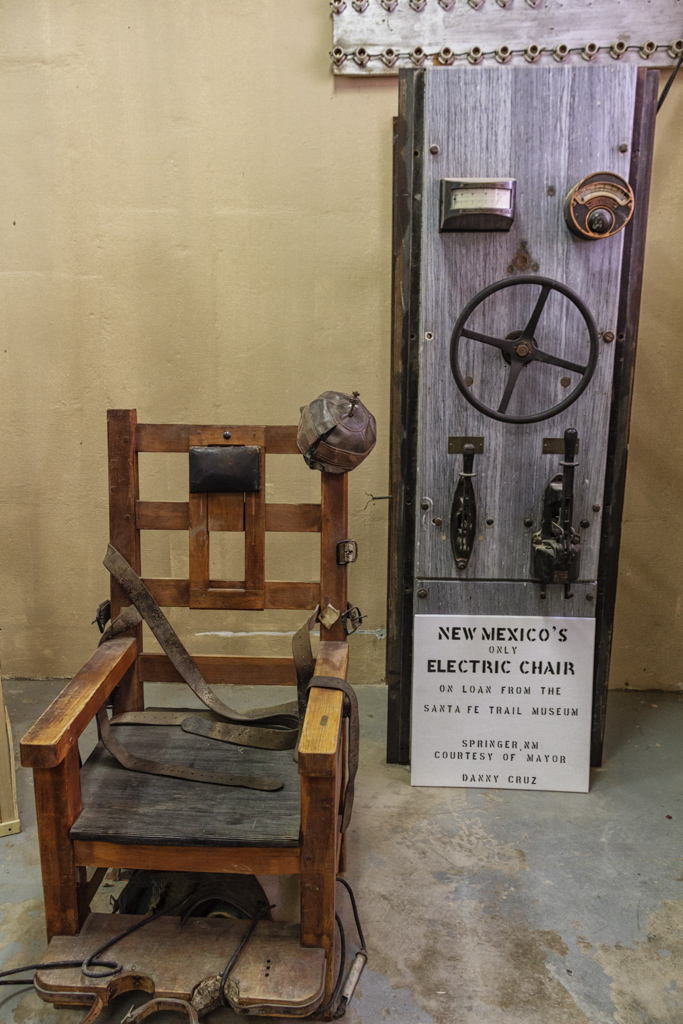 Alabama Votes To Keep Execution Drug Suppliers Secret, Bring Back Electric  Chair