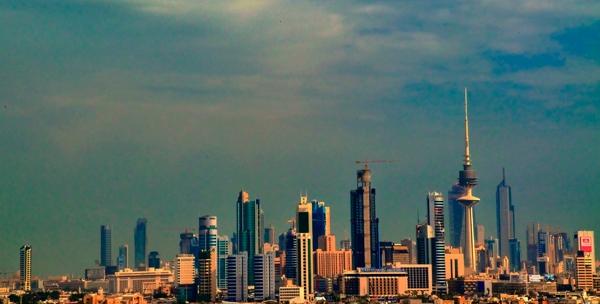 Kuwaiti authorities disband protests, arrest demonstrators