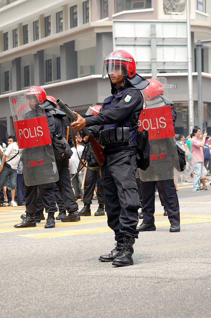 Malaysia lawmakers strengthen sedition law