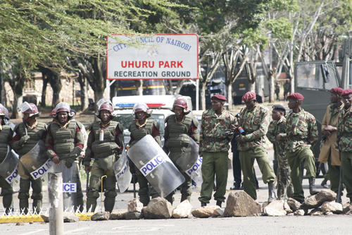 5 Kenyans, 1 Tanzanian detained over Kenya university massacre