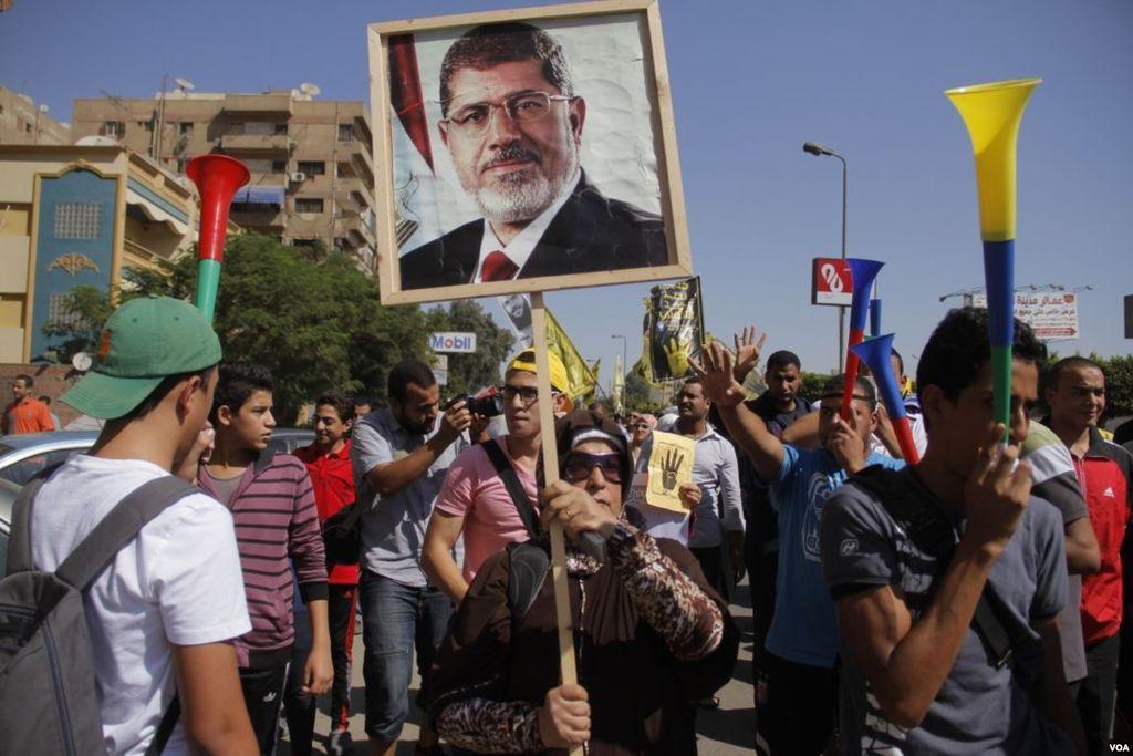 Egypt authorities free American prisoner on hunger strike