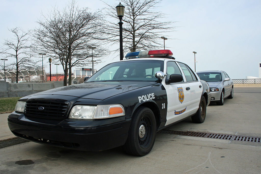 Federal judge approves agreement for Cleveland police reform