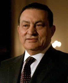 Egypt court orders Mubarak retrial over 2011 killings