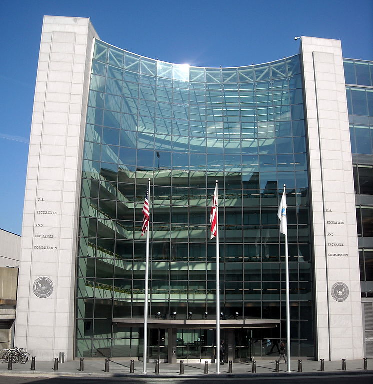 Appeals court upholds SEC rule limiting contributions by investment managers