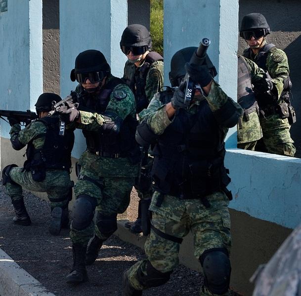 "Mexico drug lord ""El Chapo"" captured"