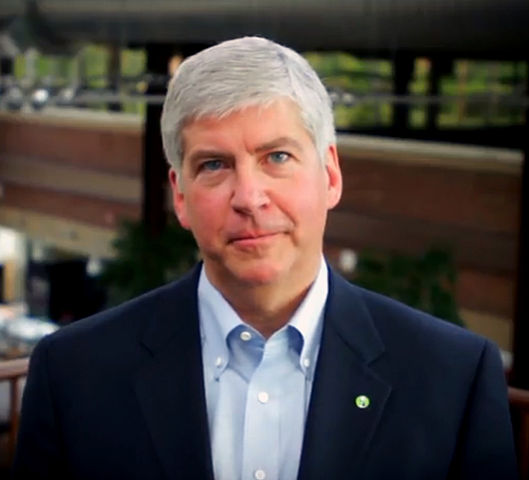 Michigan governor facing class action lawsuit over water contamination