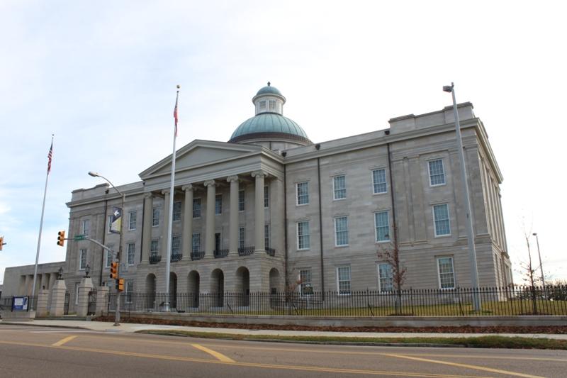 Mississippi Senate approves religious freedom bill