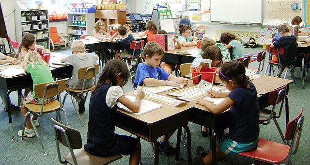 Education reform group challenges Minnesota teacher tenure law