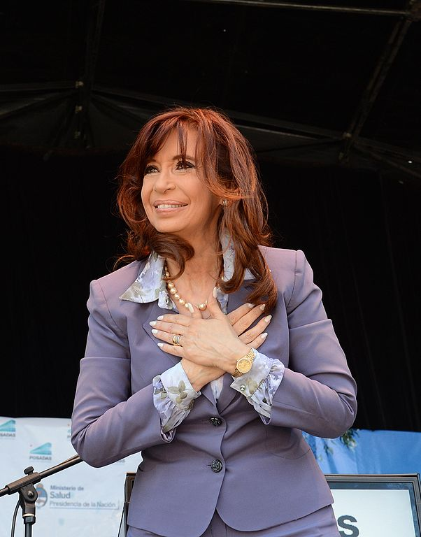 Former Argentina president charged for manipulating the dollar market