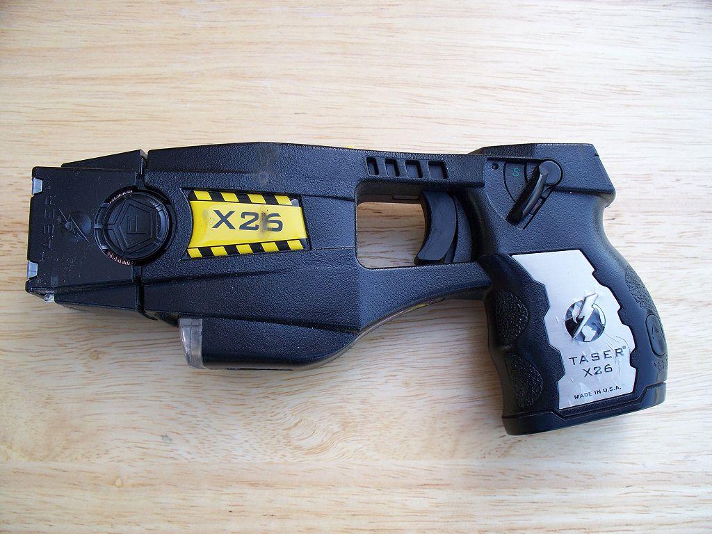 Second Amendment group challenging stun gun ban