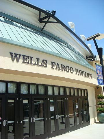 Consumer protection agency fines Wells Fargo US $100 million