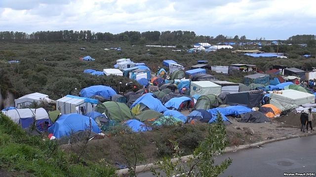 France court allows closure of migrant camp