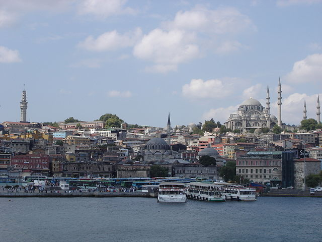Turkish officials detain 13 journalists as a part of crackdown following coup attempt