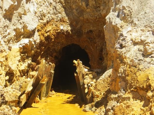 Supreme Court seeks Obama administration views on Colorado mine spill lawsuit