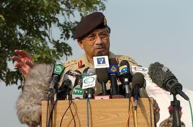 Pakistan court issues arrest warrant for former president Musharraf