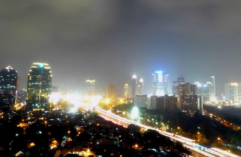 Indonesia corruption group arrests constitutional judge
