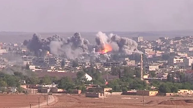 Syria warplanes bombard Wadi Barada during truce