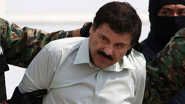 Mexico drug lord 'El Chapo' extradited to US