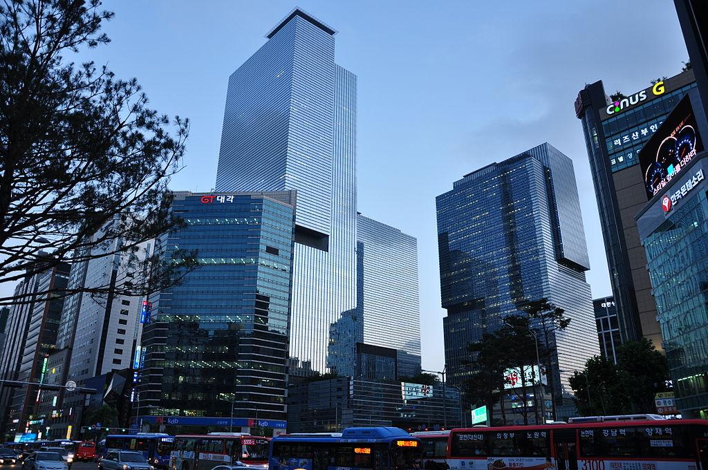 South Korea court denies arrest warrant request for Samsung heir