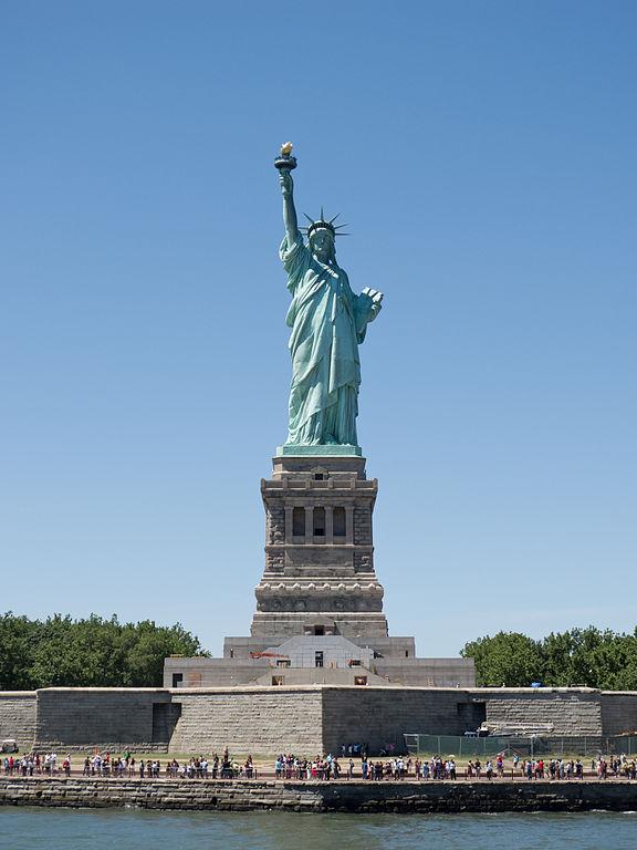 GOP senators announce bill to reduce legal immigration