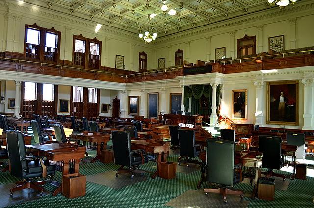Texas senate approves bill targeting 'sanctuary cities'