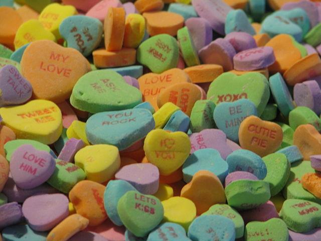 Pakistan court prohibits Valentine's Day celebrations