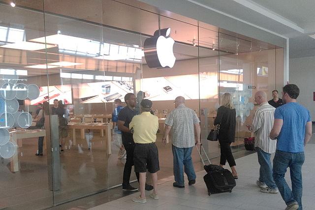 Federal appeals court reverses $533M patent verdict against Apple