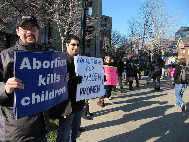 Kentucky abortion law faces first legal challenge