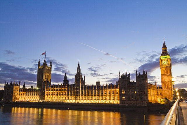 UK House of Lords amends Brexit bill to protect residence for EU citizens
