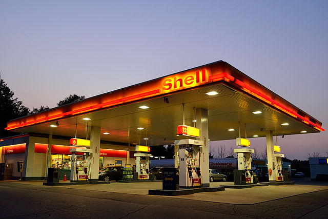 Netherlands court orders Royal Dutch Shell to cut carbon emissions 45% by 2030