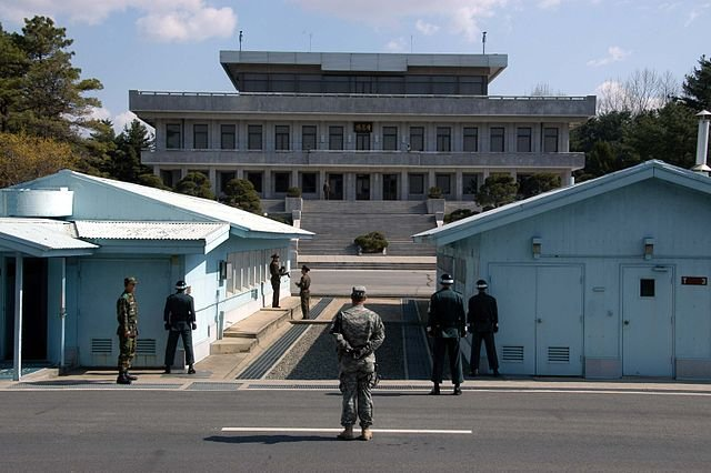 UN asks North and South Korea to open human rights discussions