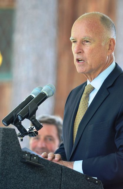 California extends environmental legislation