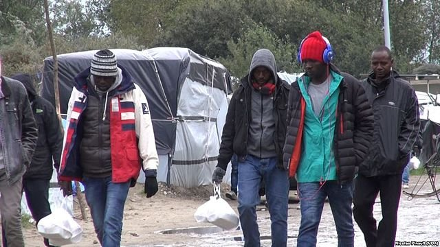 France court orders government to provide water to Calais refugees