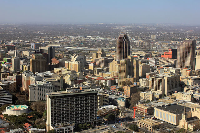 Federal court invalidates two Texas congressional districts