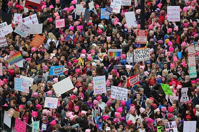 Federal judge blocks Texas abortion law