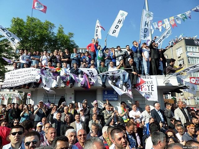 Turkish court orders release of opposition spokeperson